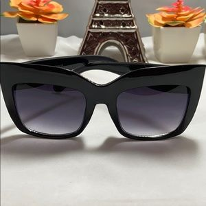 Square Oversized Trendy Cat Eye Sunglasses